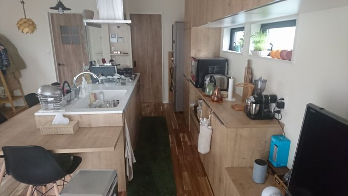 WEB内覧会アイランドキッチン通路幅85cm