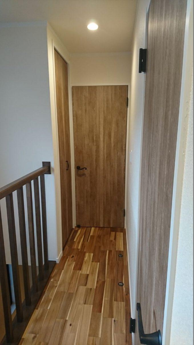 2階廊下収納・半畳(0.5畳)だけど侮れない収納力