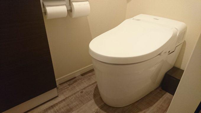 WEB内覧会1階トイレTOTOのタンクレスNJ