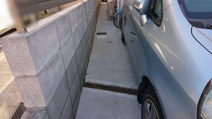 新築駐車スペース横幅2.6m運転席側スペース70cm